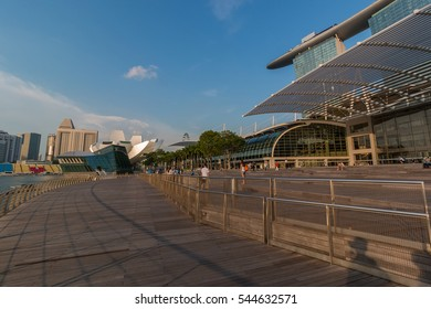 SINGAPORE - OCTOBER 4: Marina Bay in evening time in the October 4, 2016 in Marina bay, Singapore. Marina bay is the most popular district for traveller.