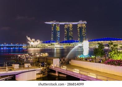 SINGAPORE - October 5 : Nightscape of Singapore Marina Bay Sand on October 5, 2014, Singapore. sunrise at Singapore City Skyline view at Marina Bay.