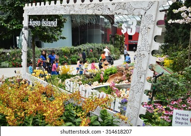 SINGAPORE- SEP 7: View of Flower Dome at Gardens by the Bay on September 7, 2015. in Singapore. Gardens by the Bay is a park spanning 101 hectares of reclaimed land.