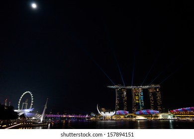 SINGAPORE - SEPTEMBER 20: Night view of the world's most expensive casino property and resort. The Marina Bay Sands Hotel is a major attraction at Marina Bay September 20, 2013 in Singapore.