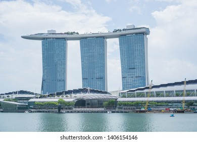 Singapore  , Singapore - September 22nd , 2018.  A beautiful day around the Marina bay in Singapore , this iconic place will blow your mind such an amazing buildings and famous landmarks.