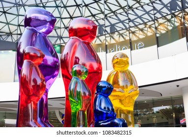 SINGAPORE-05 MAY 2018:Colorful of Statues in front of Plaza singapura shopping mall on Orchard Road in Singapore.