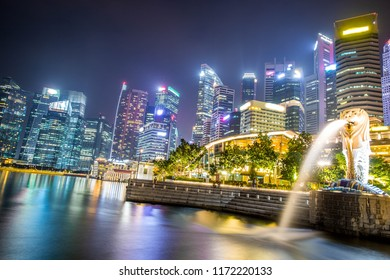 SIngapore-08.02.2018: The Merlion fountain and beautiful  Marina Bay Sands. Merlion statue is a famous Attraction of Singapore.