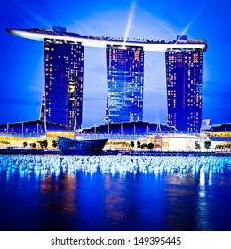 SINGAPORE-DEC 29: The 6.3 biliion dollar (US) Marina Bay Sands Hotel dominates the skyline at Marina Bay on Dec. 29, 2010 in Singapore