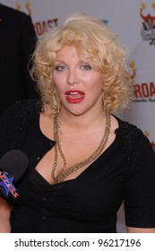 """Singer COURTNEY LOVE at """"Comedy Central's Roast of Pamela Anderson"""" at Sony Studios, Culver City. August 7, 2005 Culver City, CA  2005 Paul Smith / Featureflash"""