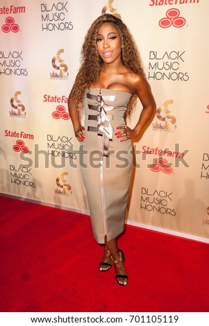 Singer SEVYN STREETER arrives at the 2017 BLACK MUSIC HONORS on August  18th 2ffd077c215