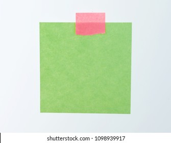 Single adhesive note against white background.