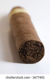 Single cigar