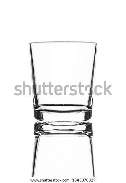 single-empty-old-fashioned-glass-600w-13