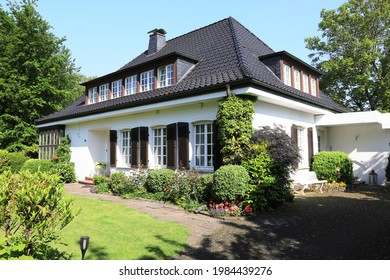 Single family house with garden in Lippstadt, Germany, 05-31-2021