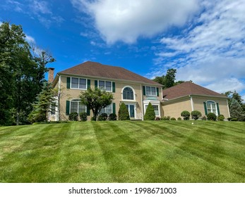Single family two storey house in New Jersey.