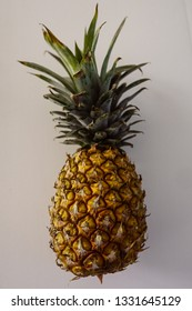 A single pineapple (isolated) on a white background.