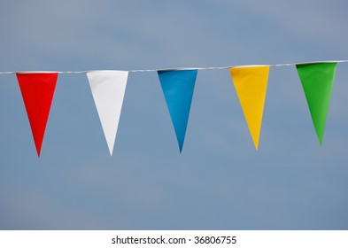 single row of triangle shaped pennants