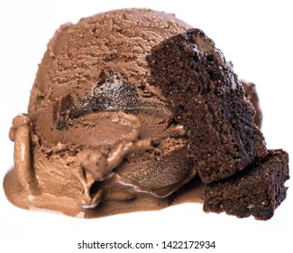 Single scoop of chocolate - brownie ice cream with brownies isolated on white background front view  real edible icecream, no artificial ingredients used!