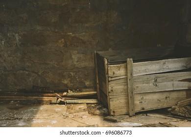 Single Vintage Wood Crate
