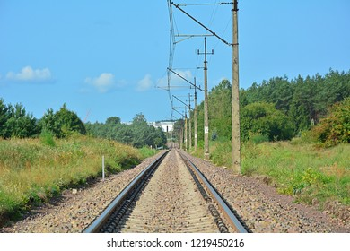 Single-track electrified railway line