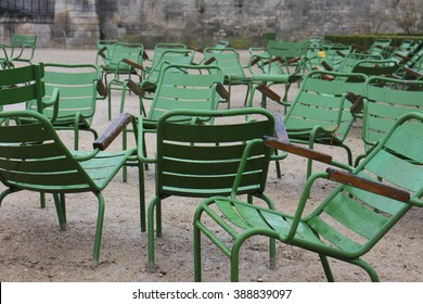 Sinking Chairs in Paris