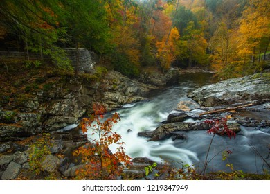 The Sinks waterfall in Smoky Mountains National Park in Autumn