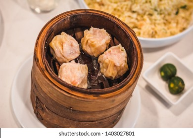 Siomai Shumai in Wooden Container