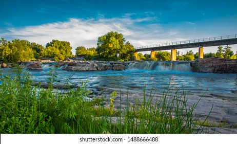 Sioux Falls falls and mill