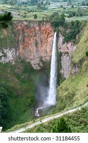 Sipiso piso waterfall on the north side of Lake Toba, near Medan, North Sumatra, Indonesia.