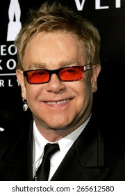 Sir Elton John attends the Rodeo Drive Walk Of Style Award honoring Gianni and Donatella Versace held at the Beverly Hills City Hall in Beverly Hills, California on February 8, 2007.