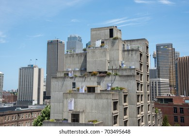 The Sirius Building and urban skyline Sydney, Australia/The Sirius Building/SYDNEY,NSW,AUSTRAILA-NOVEMBER 20,2016: The Sirius Building and urban skyline in downtown Sydney, Australia