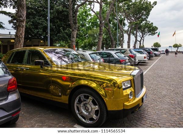 Gold Rolls Royce >> Sirmione Italy Feb 27 2019 Rolls Stock Photo Edit Now