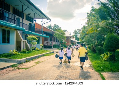 SISAKET THAILAND, SEPTEMBER 20,2018: Teacher and students at Ban samo School walking go to the classroom. Sisaket Province, Thailand Septemberl 20, 2018