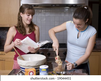 Sisters Cooking