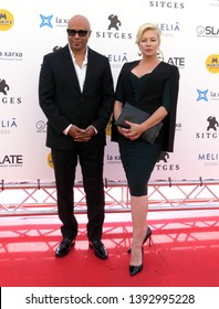 "SITGES, SPAIN - October 11, 2018: 51st Sitges Film Festival - Photo call of ""Cemetery tales: a tale of two sisters"" - Chris Roe (Director) and Tracy Lords"