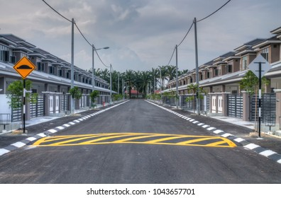 Occupied house images stock photos vectors shutterstock sitiawan perak malaysia march 5 2018 scene of the newly developed malvernweather Images