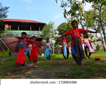 SITUBONDO, INDONESIA - OCTOBER 5 2019: Children are learning to learn traditional Indonesian dances