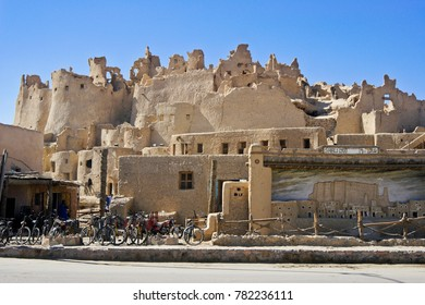 SIWA, EGYPT, SEPTEMBER 18, 2010. The town center is dominated by the crumbling remains of the 13th-century fortress enclave of Shali Gadi.