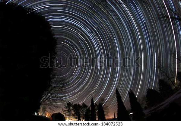 six-hour-star-trail-composite-600w-18407