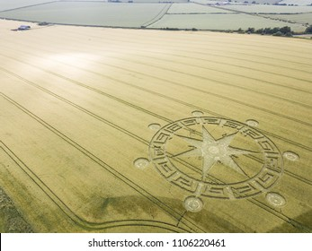 Sixpenny Handly, Dorset. 5th june 2018. Freshly formed crop circle in a Dorset field.