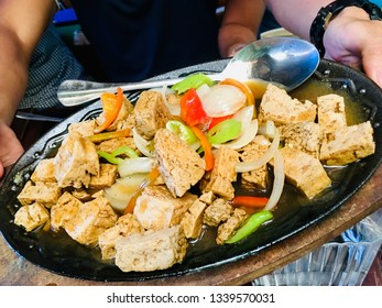 Sizzling tofu meal