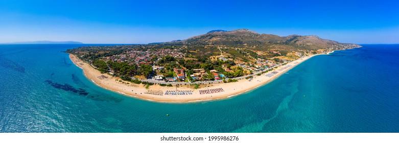Skala Beach view from above, Cephalonia, Greece. Skala famous beach in Kefalonia island, Greece. Beeautiful Skala beach, Kefalonia island, Ionian sea, Greece.  - Shutterstock ID 1995986276