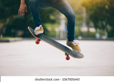 Skateboarder sakteboarding on parking lot