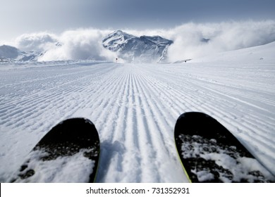 Ski slope and skis