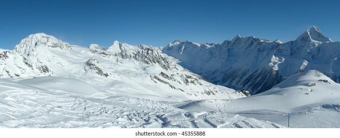 Skiing in the Alps, Switzerland, panoramic view