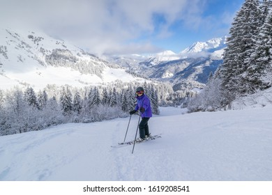 Skiing down the noire piste Joux at Les Contamines-Montjoie in the French Alps