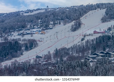 Skiing in Hafjell Norway