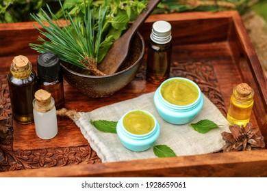 Skin cream based on healing oils