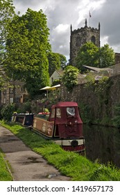 Skipton, Craven, Yorkshire Dales National Park, North Yorkshire, England, Britain, June 2019, narrow boats moored on side of Leeds-Liverpool canal
