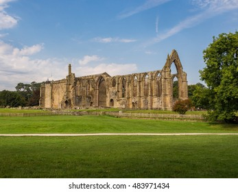 Skipton, Yorkshire, UK. September 13th 2016. The old abbey, Bolton Abbey, Skipton, Yorkshire, UK