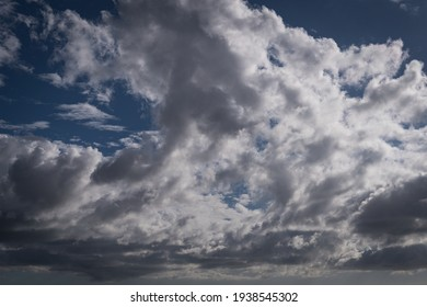 Sky with clouds in Oeiras