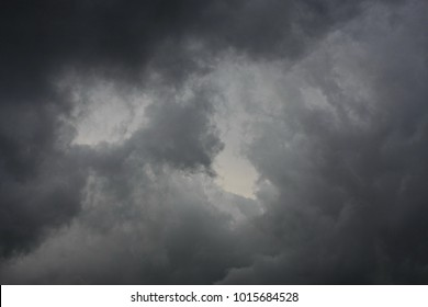 Sky with gray clouds