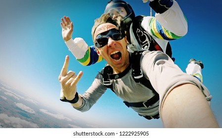 Skydive tandem selfie photo effect