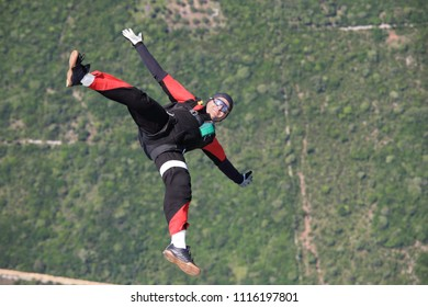 Skydiver in a free fall
